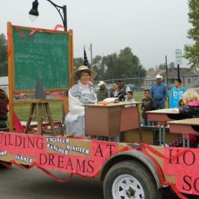Holly Fair Parade  13