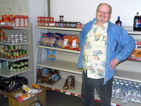 Pastor Kurtis Klinghammer of the Holly First Christian Church