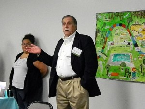 Ed McMahon Introduces ULI Panel Members to Community Gathering