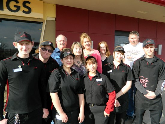 Honkers Visit The New Remodeled Pizza Hut