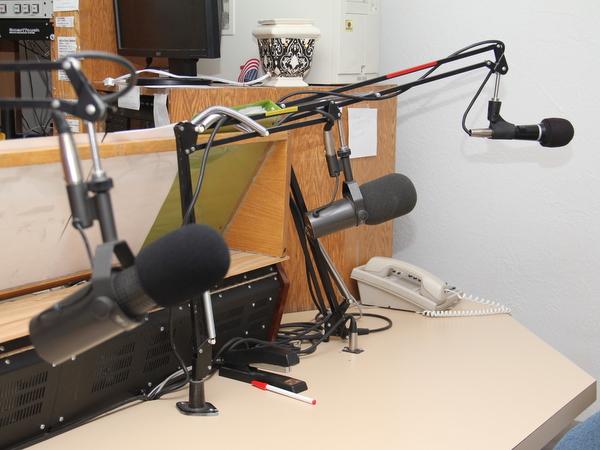 KVAY Radio BOW (4)