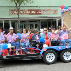 Veterans and Spouses Along Parade Route