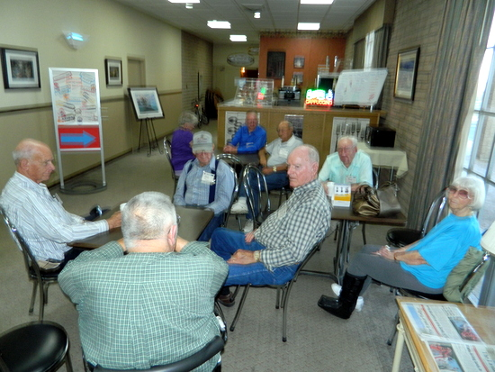Several CIG Retirees Reminisce Prior to their Friday Night Dinner