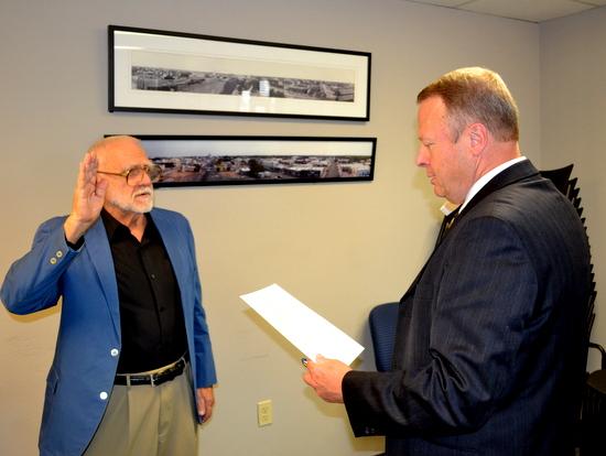 Howard Hobbs Sworn in by Judge Stan Brinkley