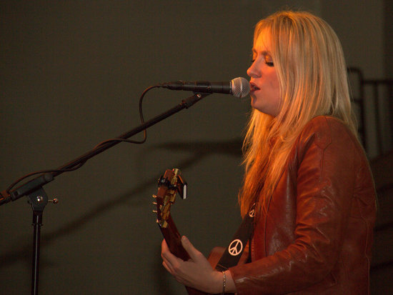 Clare Dunn in Performance at Farm City Banquet