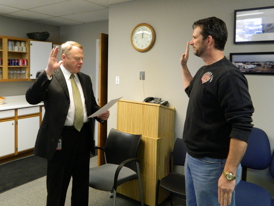 Rick Beard Taking Oath as Lamar Utility Board member