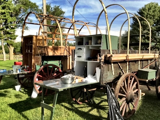 chuck wagon dutch oven (2)