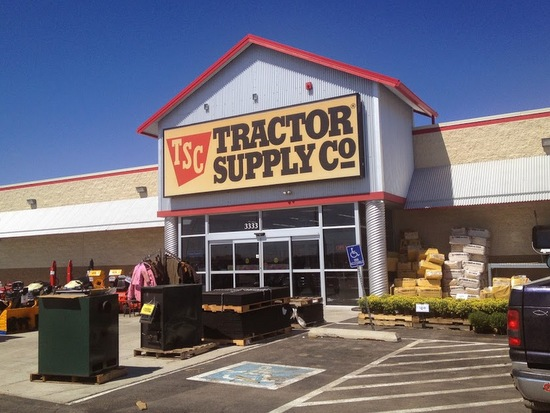 Tractor Supply Store in Garden City, KS