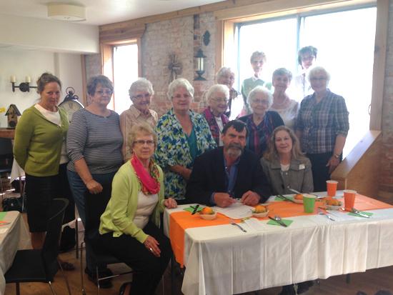 Hospice-Volunteers-2015-WEB