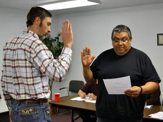 Tom Sanchez Being Sworn in as Trustee