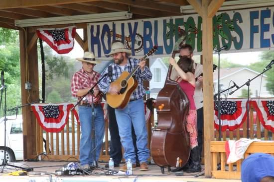 2015 Holly Bluegrass Festival (3)