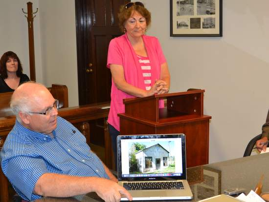 Linda Hawkins and Chuck Bowen Display Pix of Station