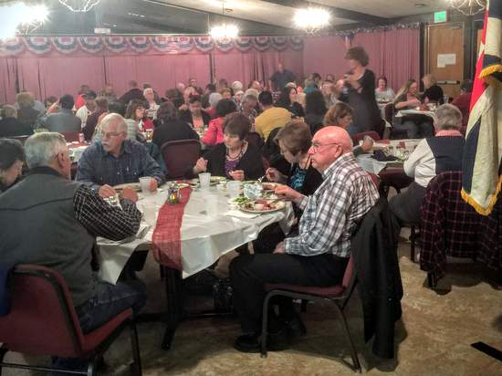 Diners Enjoy Veterans Day Appreciation Meal