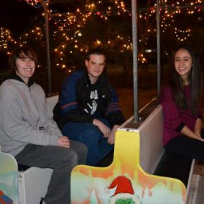 Lamar High School Painters Become Santa Helpers